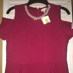 Other - 🔥FLASH SALE🔥NWT Girls Cold Shoulder Dress